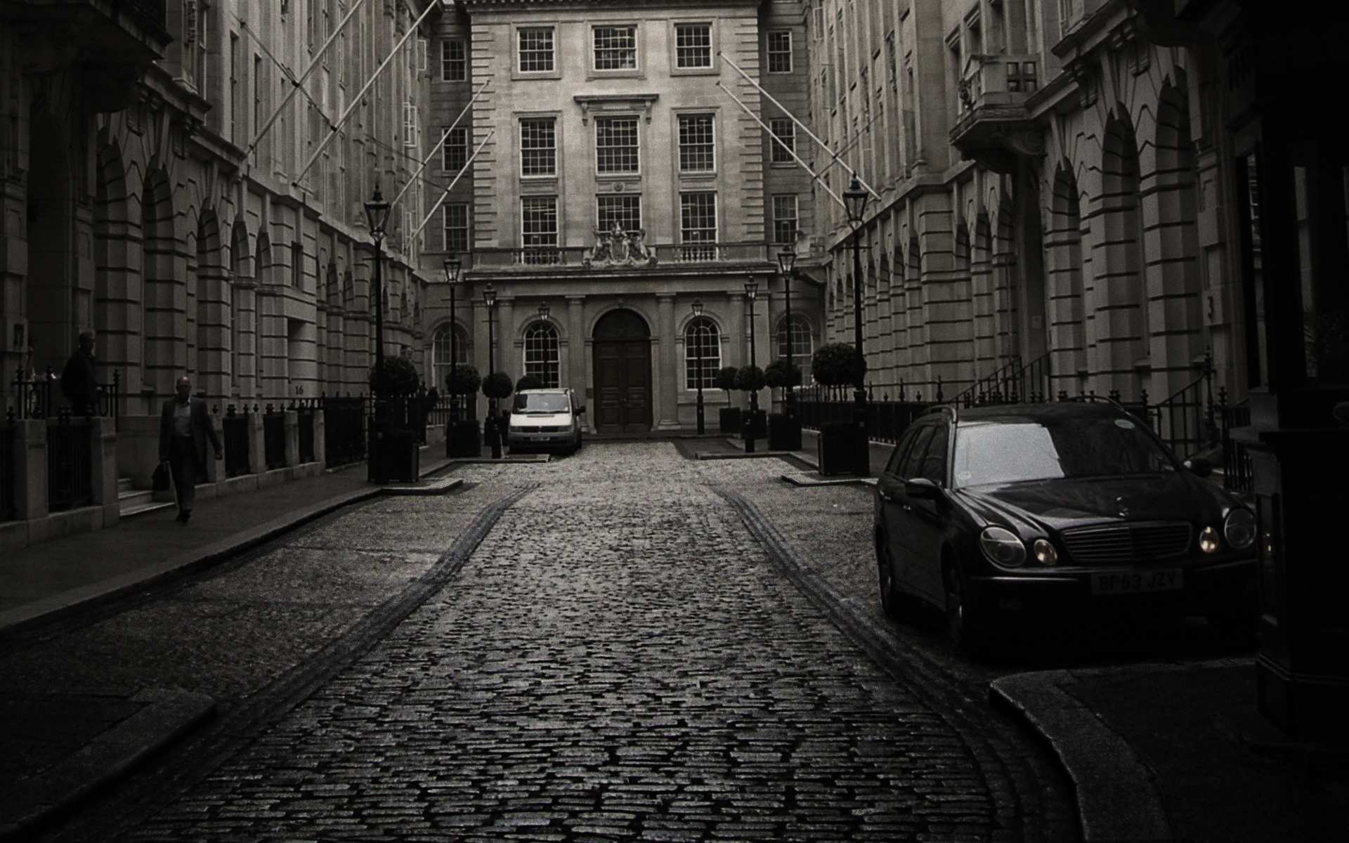 london city black desktop wallpaper webに関わる法律講座